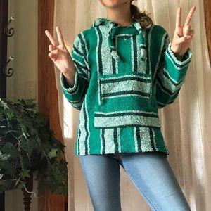 Tops - woven hoodie